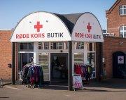 Billede af butikkens indgang i Grenaa.